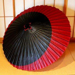 Japanese umbrella 赤と黒 蛇の目傘 番傘 和傘