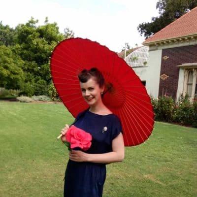 赤い蛇の目傘 和傘