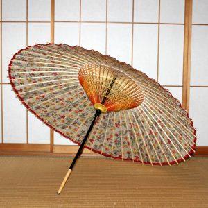 蛇の目傘の内側 紅型もよう 紅色の小鳥 Japanese umbrella