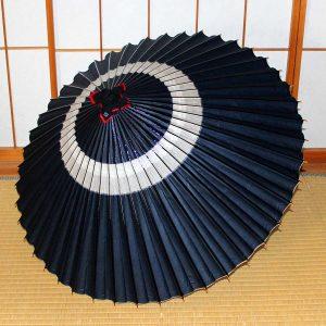 藍色の蛇の目柄 和傘