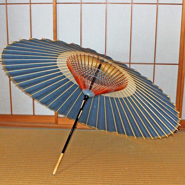 青い蛇の目傘 木のハジキ 青い飾り糸 蛇の目傘「極み」露草色 Japaneseumbrella
