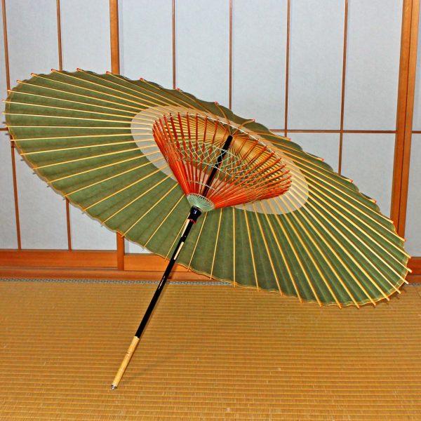 緑色の蛇の目傘 蛇の目柄 木ハジキ 辻倉オリジナル蛇の目傘「極み」松葉色 和傘