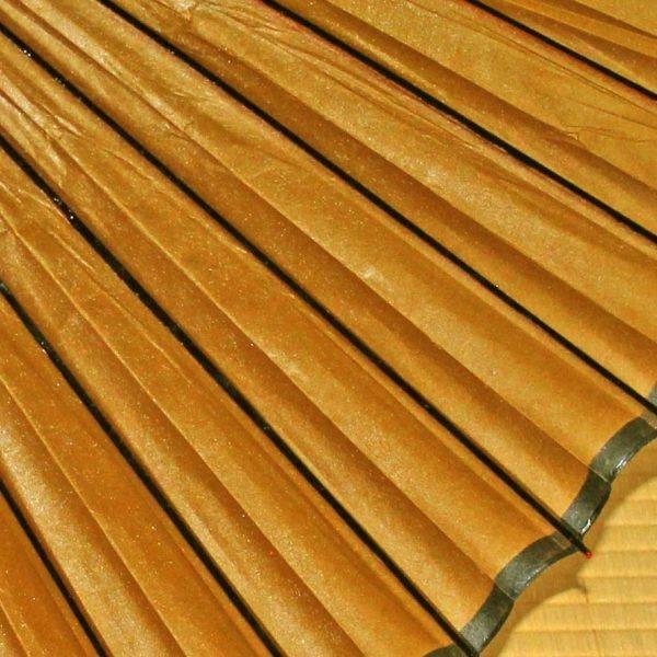 黄金色の和傘