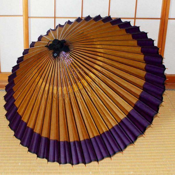 蛇の目傘軒色変わり黄金地に紫 Japanese umbrella