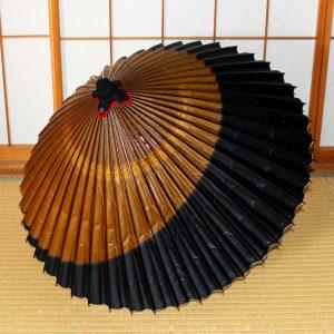 和傘 黒と茶色 番傘 蛇の目傘 Japanesesumbrella
