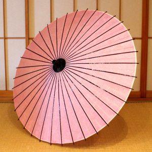 ピンクの和日傘