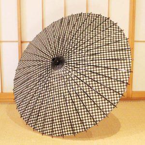 市松模様の和紙の日傘