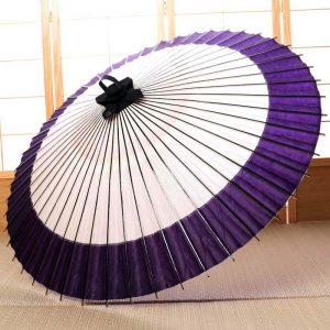 国産の自然素材のみで仕立て白と紫の番傘です。