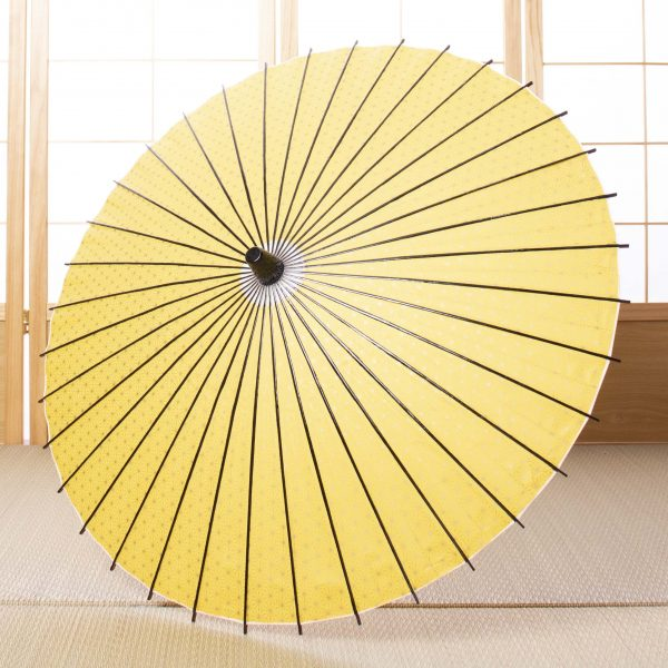 黄色の麻の葉もようの和日傘です。
