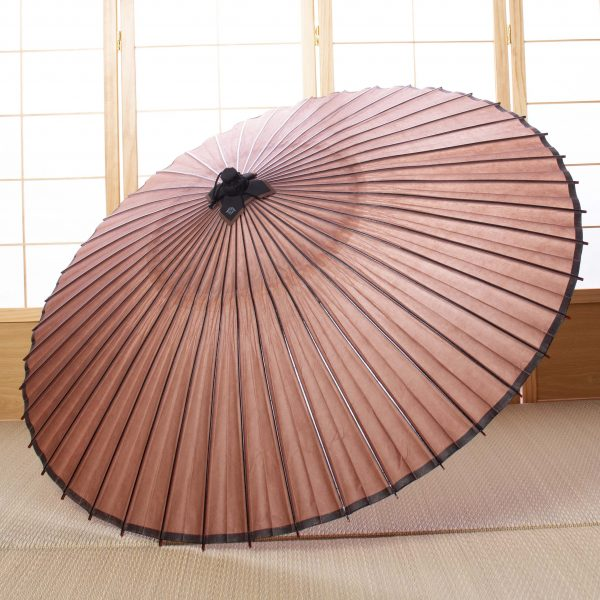 茶色の防水加工された和傘