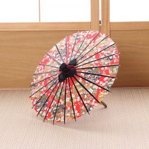 ミニチュアサイズの和傘です。